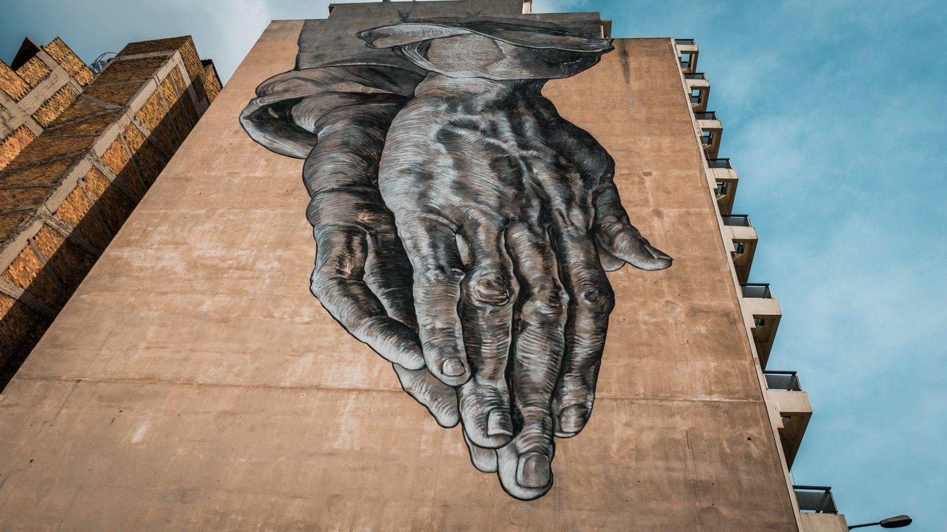 Graffiti złożone ręce, Ateny, Grecja